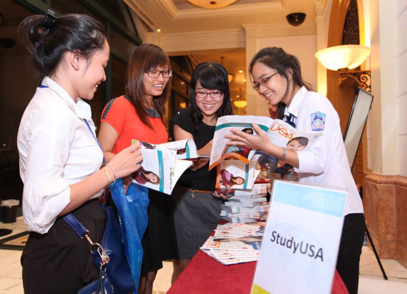 blog Image University, College & Boarding School Fairs: October 28 - November 25