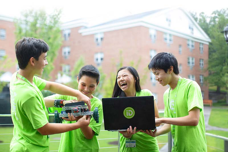blog Image iD Tech Summer Camps!