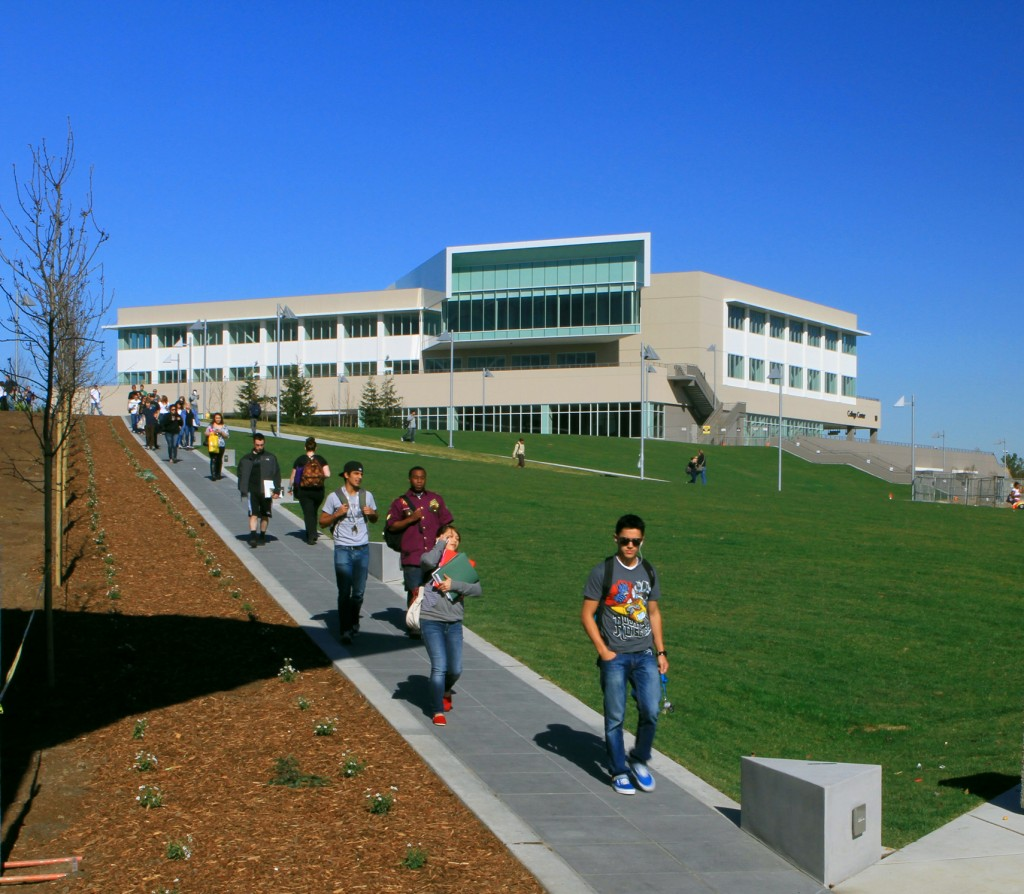 blog Image Student Testimonial: College of San Mateo Student Transfers to UC Berkeley!